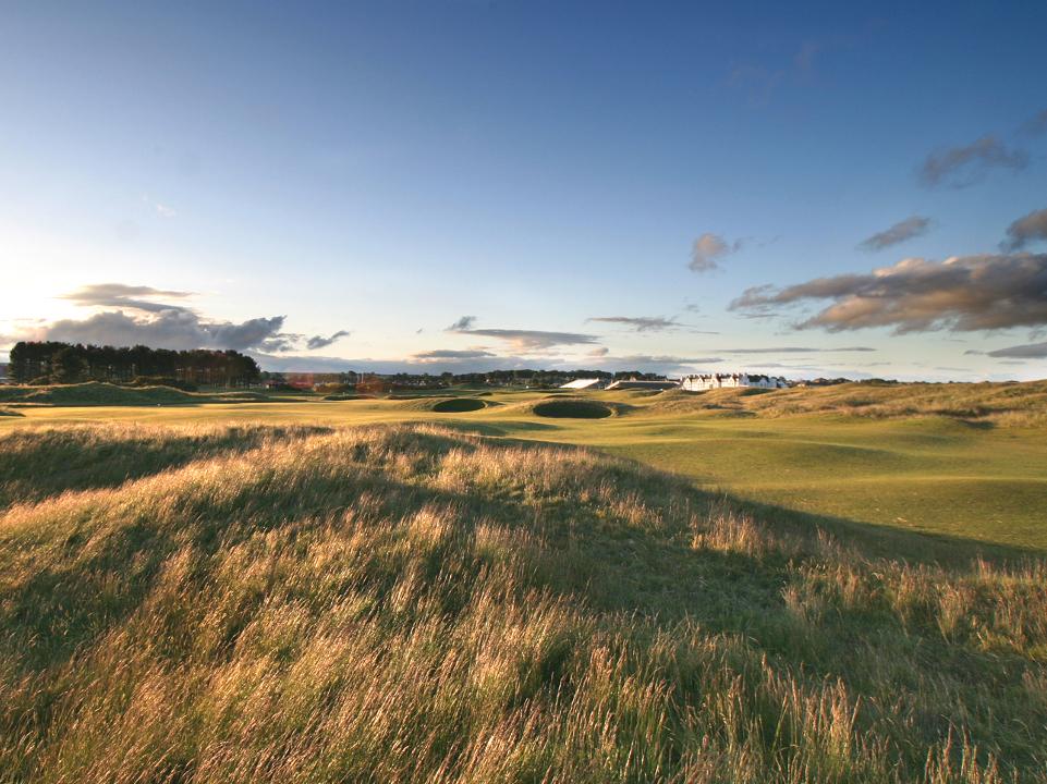 Play Carnoustie Championship Course, Scotland