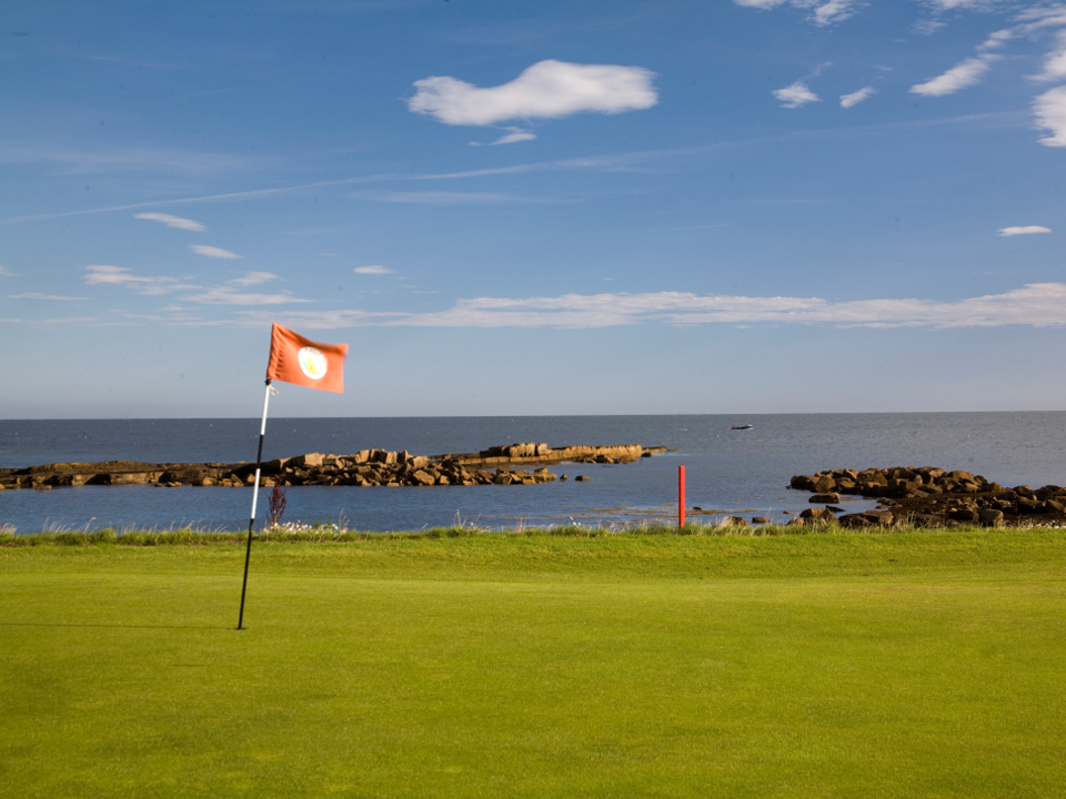 Play Dunbar Golf Course, near Edinburgh, Scotland