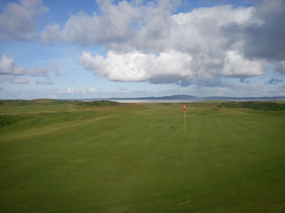Play Machrie Golf Course, Scotland