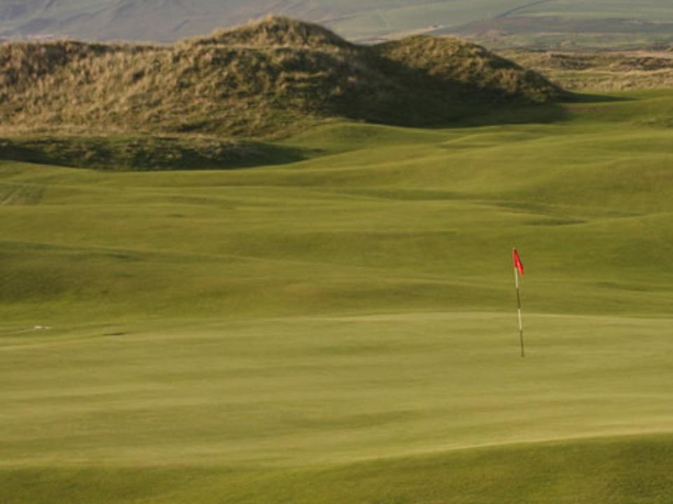 Play Machrihanish Championship Golf Course, Scotland