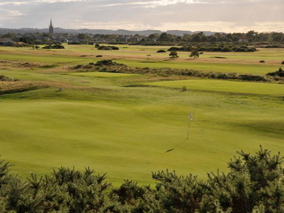 Play Montrose Medal Golf Course near Carnoustie, Scotland