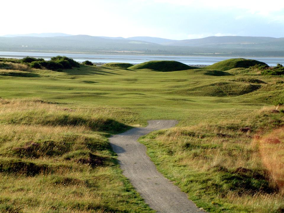 Play Tain Golf Course, The Highlands, Scotland